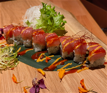 Foto Spicy tonijn roll  8 ST